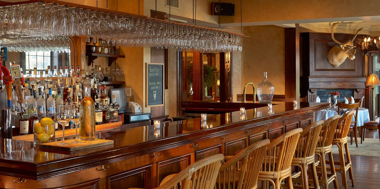 Taste Bistro bar area