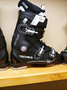 Black ski boots for women