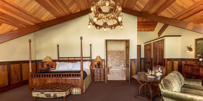 High Peaks Suite Living Area