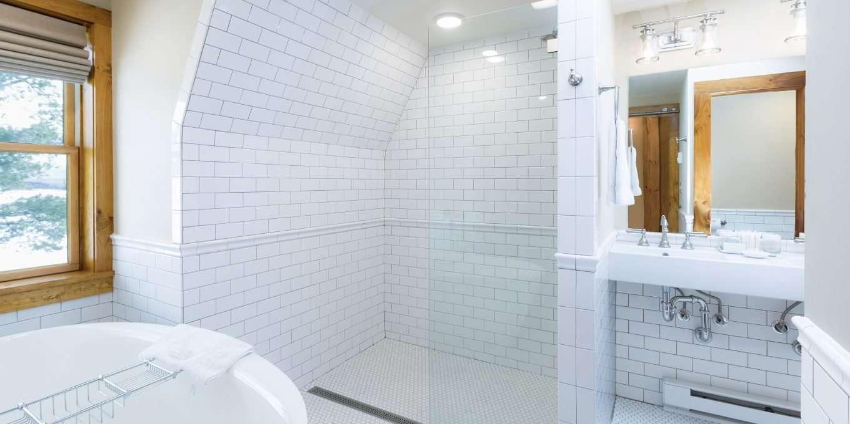 Whiteface Suite 302 Bath