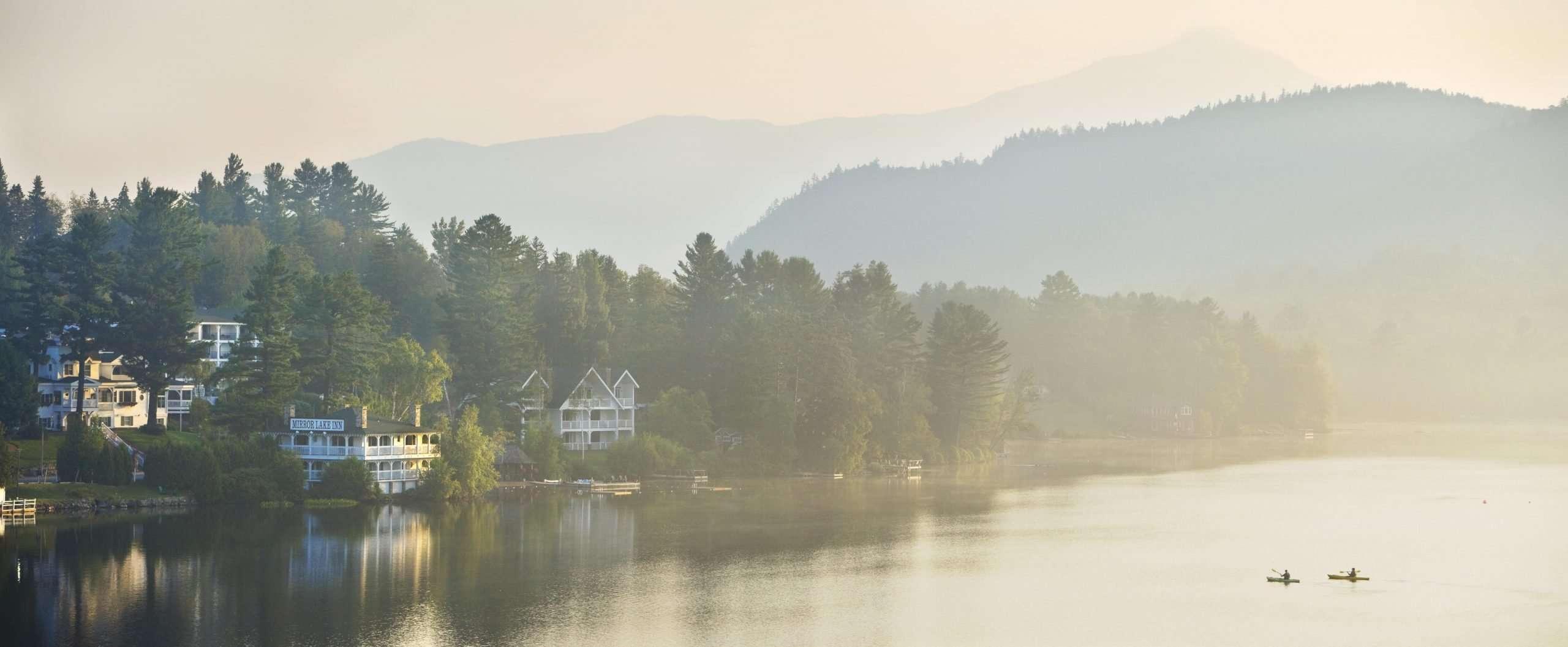 Hotel, kayaks on the lake